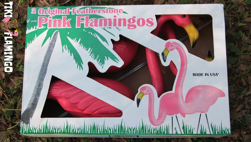 Set Of 3 Pink Flamingo Solar Lights Garden Tiki Bar Kitsch New In Box Great Gift